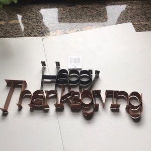 Metal Happy Thanksgiving decor